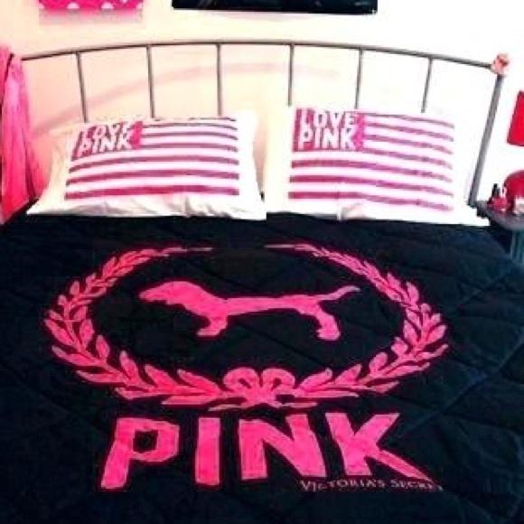 Pink Victoria S Secret Bedding Vs Pink Comforter Poshmark